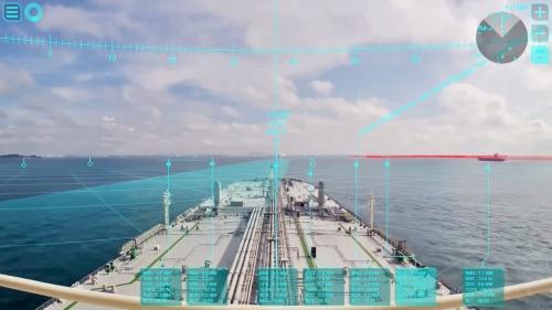 図3 自動運航中はARで他船や陸地を確認