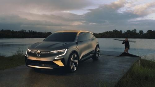 フランスRenault(ルノー)が2020年10月15日に発表した新型電気自動車(EV)のコンセプト車「メガーヌ eVision」(出所:Renault)