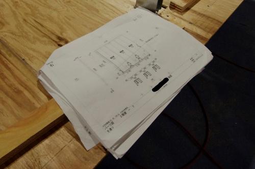 パネル製作用「施工図」の例。プレカット図と意匠図をベースに施工図を作製する(写真:日経クロステック)