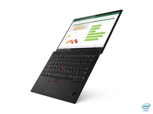 レノボがグローバル発表した「ThinkPad X1 Nano」。第11世代Coreプロセッサー(Tiger Lake)を搭載し、オプションで5G対応も可能