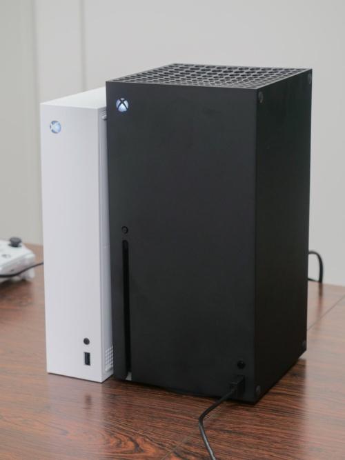 図1 米マイクロソフトの「Xbox Series X」
