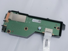 図5 スイッチ基板と、それを覆う樹脂筐体