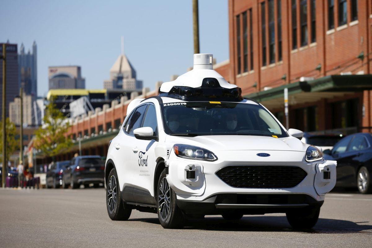 ピッツバーグを走行するアルゴの自動運転車両 (出所:アルゴ)