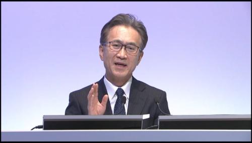 経営方針説明会で質疑に答えるソニーグループ代表執行役会長兼社長CEO(最高経営責任者)の吉田憲一郎氏