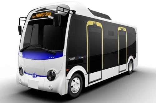 日野自動車の小型EVバス「ポンチョ Z EV」