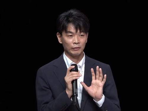 藤沢直樹氏