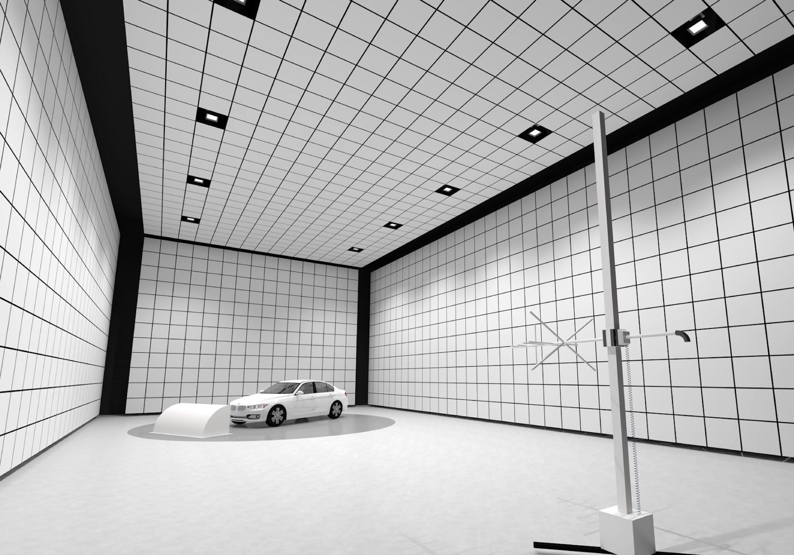 図3 シャシー・ダイナモ・メーターを備えた大型の電波暗室 走行環境を模擬した状態でEMC(電磁両立性)試験できる。21年10月に稼働を開始する予定である。(出所:村田製作所)