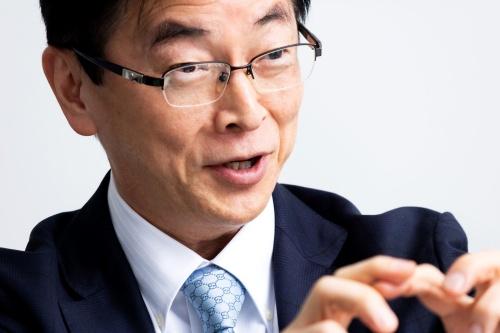パワートレーン開発を担当する平井俊弘氏