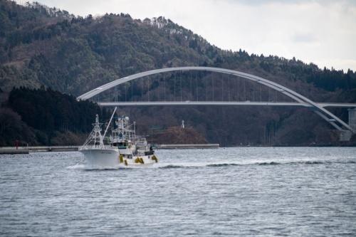 気仙沼大島大橋。2021年2月11日撮影(写真:村上 昭浩)