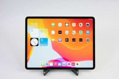 アップルの12.9インチiPad Pro(第5世代)