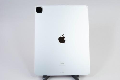 12.9インチiPad Pro(第5世代)の背面
