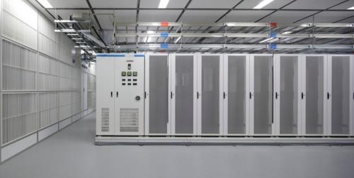 三鷹データセンターEASTのサーバールーム