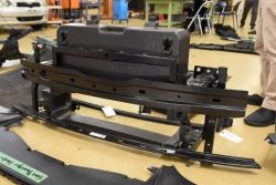 図4 高張力鋼板製のバンパービーム