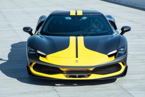 Ferrari(フェラーリ)の新プラグインハイブリッド車。スーパーカーのビジネスはフェラーリが切り開いてきた。(出所:フェラーリ)
