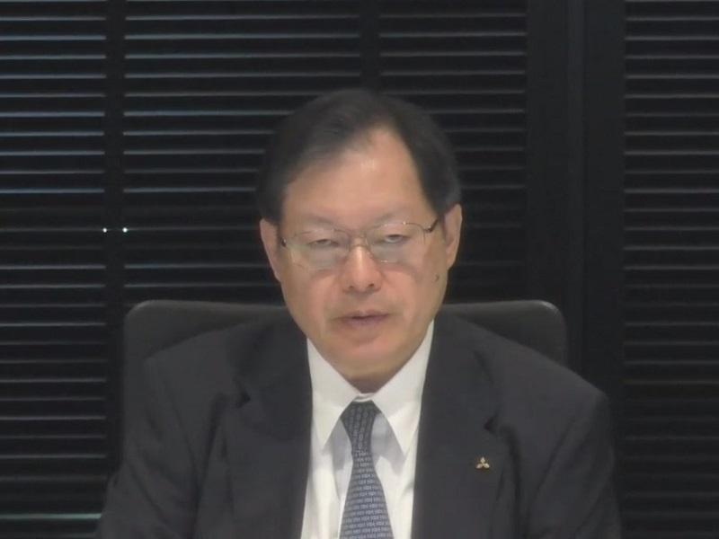 図1 三菱自動車副社長兼CFOの池谷光司氏  (オンライン会見の画面をキャプチャー)