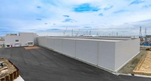 放射線の線量が高いがれきを入れたコンテナは固体廃棄物貯蔵庫に保管している(写真:東京電力ホールディングス)