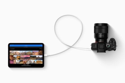 iPad mini(第6世代)はUSB Type-Cポートを搭載。アップルはカメラや外部ストレージ、最大4Kのディスプレーなどに接続できるとアピールしている