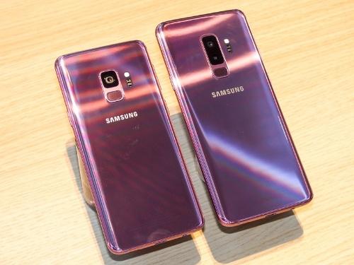 写真1●Galaxy S9(左)とGalaxy S9+(右)(撮影:山口 健太、以下同じ)