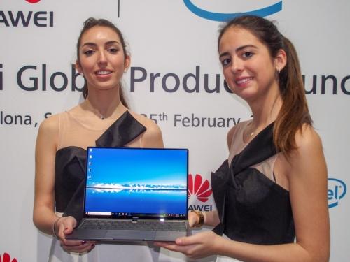 写真1●ファーウェイがMateBook X Proなど新製品を発表(撮影:山口 健太、以下同じ)