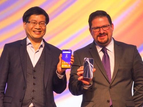 写真1●ASUSが新「ZenFone 5」シリーズを発表