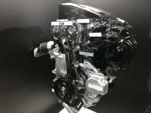 図1●排気量2.0Lの直列4気筒直噴ガソリンエンジン「Dynamic Force Engine(2.0)」