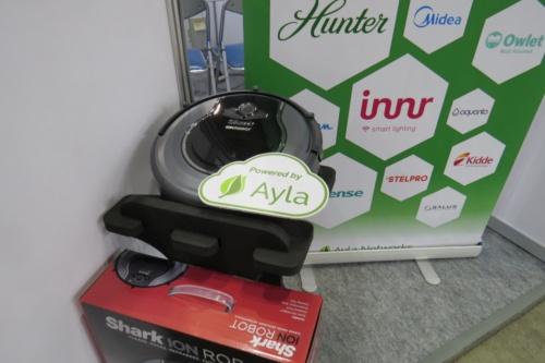 日本でも最近発売された「Shark」ブランドの掃除機。米国モデルはAyla NetworksのIoTクラウドサービスとの連携機能を備えている