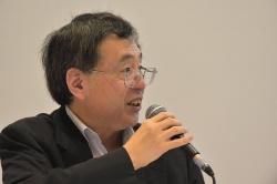 モデレーターを務めた日経BP社 日経 xTECH編集シニアエディターの田中淳