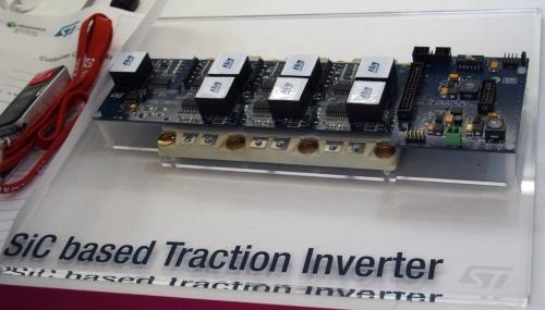 SiCパワーデバイスを搭載したACEPACKでインバーターを構成した例