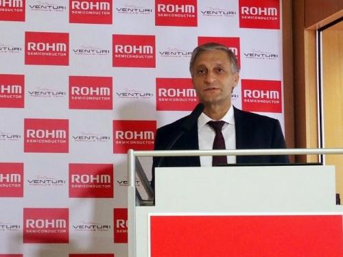 プレスカンファレンスに登壇した、ドイツROHM Europe Presidentのクリスチャン・アンドレ氏(撮影:日経 xTECH)