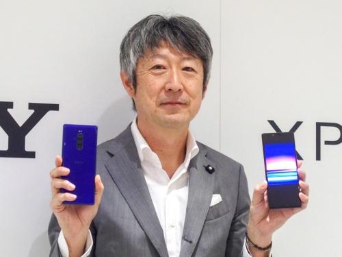 写真3●ソニーモバイルコミュニケーションズの田嶋知一商品企画部門部門長