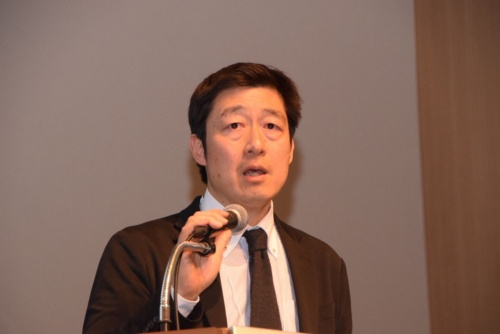 講演する日本スポーツアナリスト協会 産業連携デイレクター 石井宏司氏