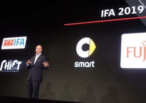 """「IFA Nextでは日本のテクノロジーに""""ディープ・ダイブ(深く入る)""""できるだろう」と話した、メッセ・ベルリンのゲーケ氏"""