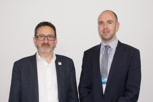 左:ゼンジックCEO(最高経営責任者)のDaniel Ruiz氏、右:ゼンジックに助成金を提供している英国リサーチ・アンド・イノベーション(UK Research and Innovation) Innovate UK Senior Programme Manager AutomotiveのDavid Tozer氏