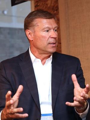 MichelinのExecutive Vice-Presidentで乗用車・商用車ビジネスを統括するScott Clark氏(撮影:日経 xTECH)