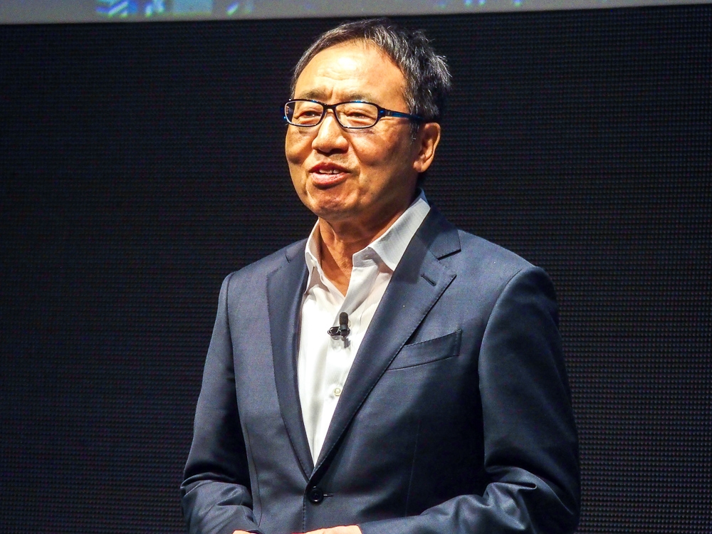 写真1●ソフトバンクの宮内謙社長兼CEO(最高経営責任者) (撮影:山口 健太、以下同じ)