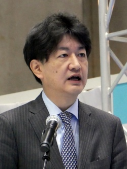 東京都の小川祥直氏