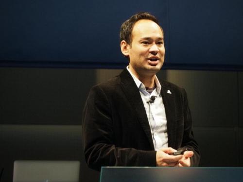 Toyota Research Institute(TRI) ロボティクス担当副社長のマックス・バジェラチャーリヤ(Max Bajracharya)氏。(写真:稲垣宗彦)