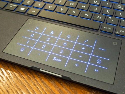 NumberPad機能も搭載