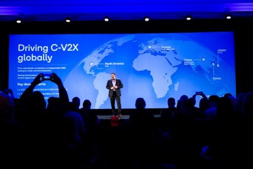 C-V2Xの広がりをアピールする、米QualcommのPresidentであるCristiano R. Amon氏。同社の写真