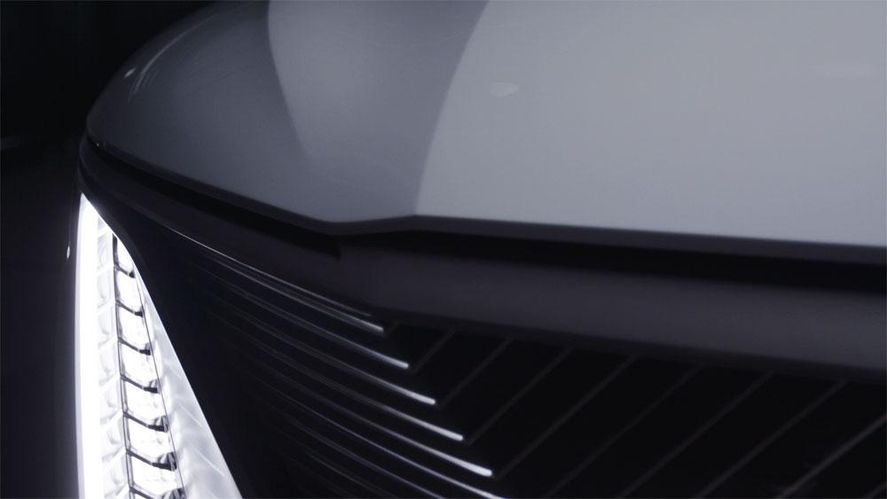 CELESTIQのティーザー写真 (写真:General Motors)