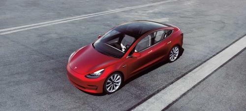 図3 テスラの量産EV「Model 3」