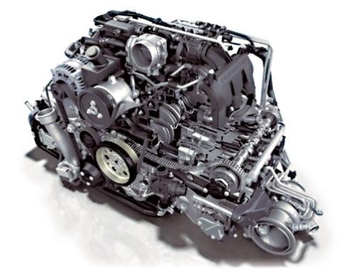 図2 「ボクサーシックス」と呼ばれる水平対向6気筒ガソリンエンジン