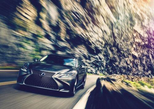 図1 トヨタはレクサス「LS」で「Lexus Safety System+A」と呼ぶ運転支援機能を搭載する