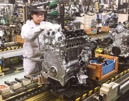 図2 日本市場向けエンジン「SKYACTIV-X」