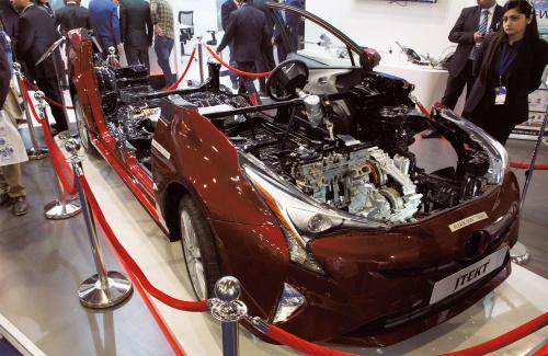 図1 トヨタ「プリウス」のカットモデル