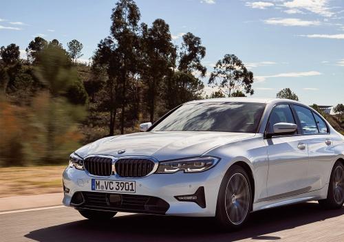 図2 BMW3シリーズセダン
