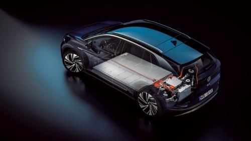 ドイツVolkswagen(フォルクスワーゲン)のEV「ID.4」の電池 前後車軸の間の床下に搭載されているのが電池。(出所:フォルクスワーゲン)