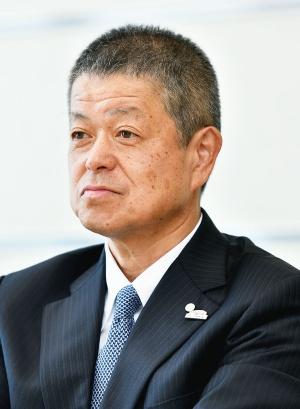 岸 宏尚 (きし・ひろひさ)