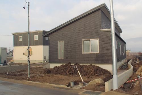 〔写真1〕床断熱の住宅は軽微な被害