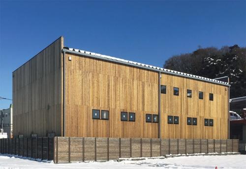 〔写真2〕シンプルな建物はローコストでできる